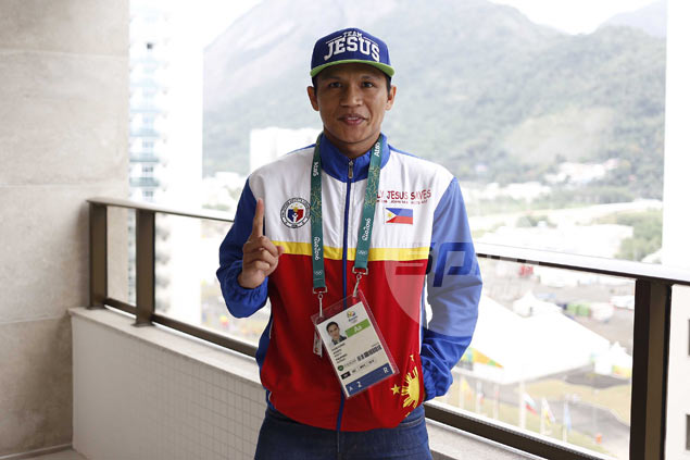 Olympian Charly Suarez gets boxing career back on track, thanks to his faith