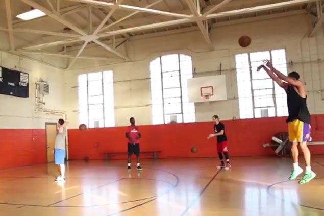 Jordan Clarkson shows improved shooting, nails 15-straight from near halfcourt. WATCH