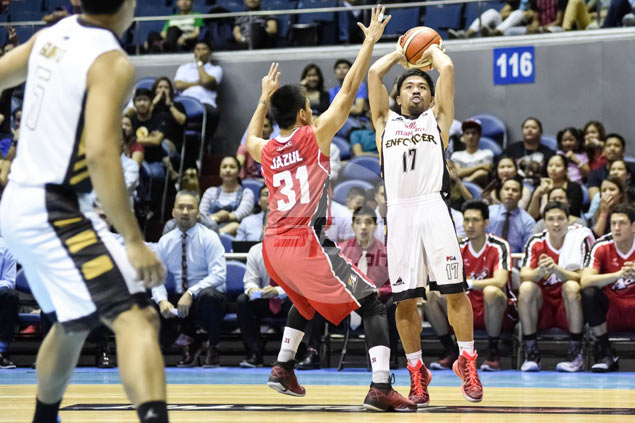 Believe it or not, Mahindra deliberately pitted Pacquiao against 'Beast' Abueva