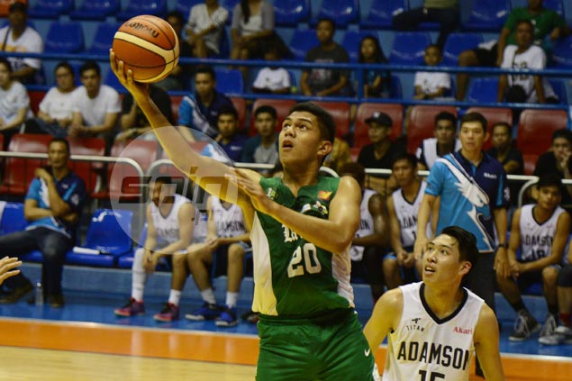 Gboy Gob to miss entire UAAP Season 79 as La Salle big man suffers torn ACL in practice