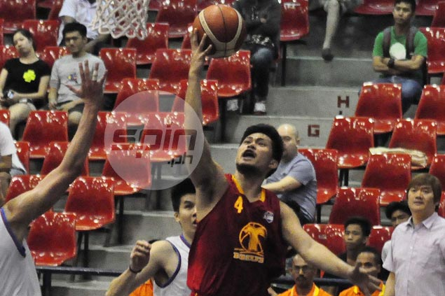 Gelo Alolino basket in dying moments lifts Tanduay Rhum over AMA Online