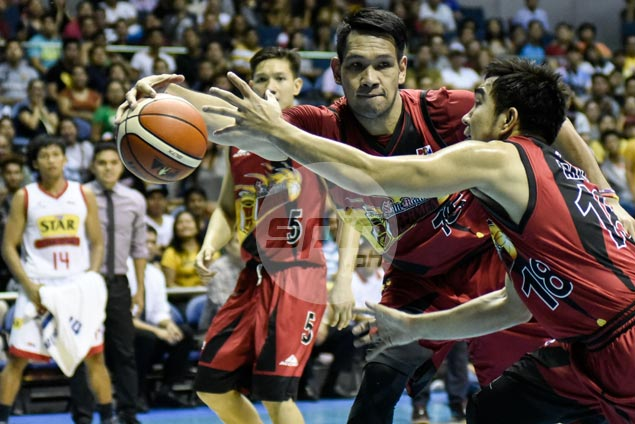 June Mar Fajardo on role in tall South team: 'Sana ako ang point guard nila'