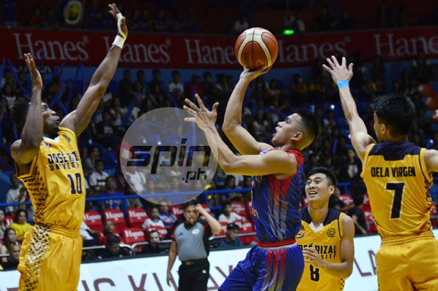 Jio Jalalon dominates anew as Arellano Chiefs rout JRU Heavy Bombers