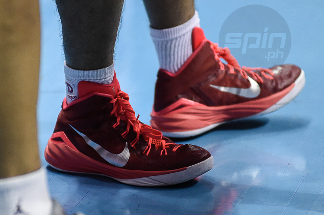 Billionaire Manny Pacquiao wears old-model Hyperdunk shoes in PBA games. Here's why