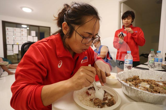 After winning silver medal and millions in incentives, Hidilyn Diaz rewards self with adobo meal