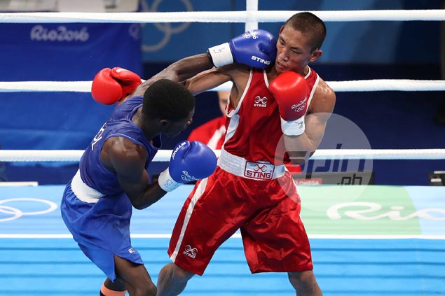 Sluggish Rogen Ladon loses opening bout as PH boxers wiped out in Rio Olympics