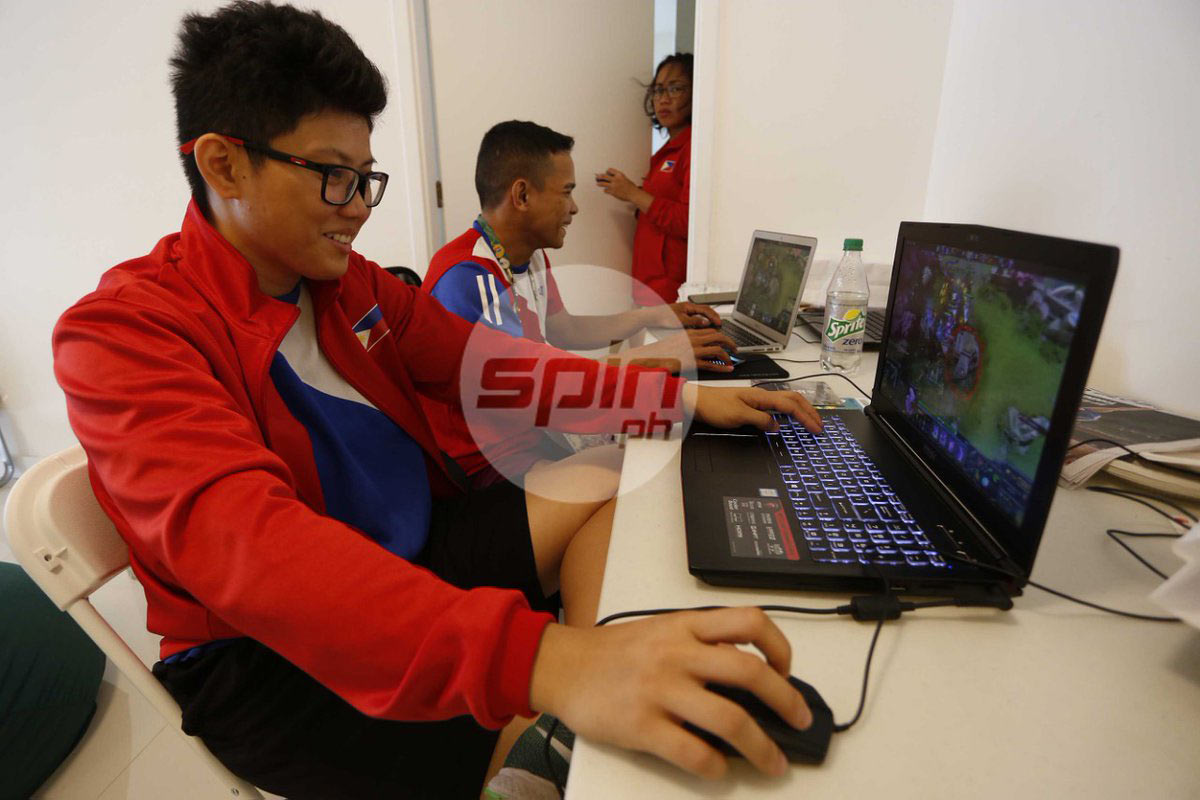 Olympian Kirstie Elaine Alora keeps mind off pressure by playing DOTA games