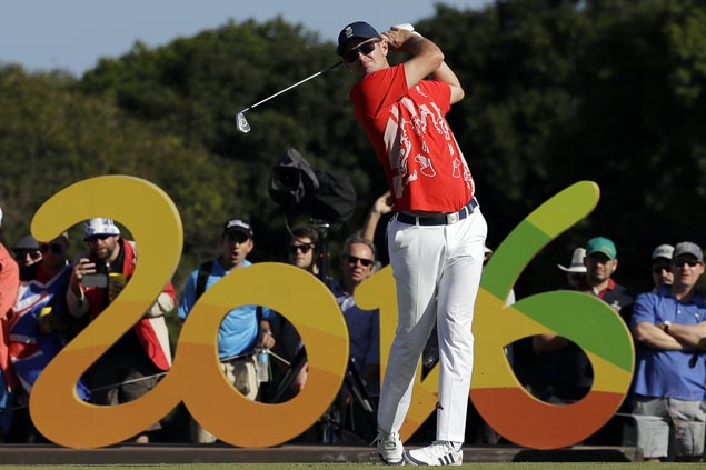 Justin Rose a stroke clear entering final round as Miguel Tabuena continues to struggle in Olympic golf