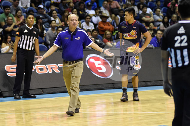 RoS coach Yeng Guiao left puzzled with diverse officiating after latest PBA ejection