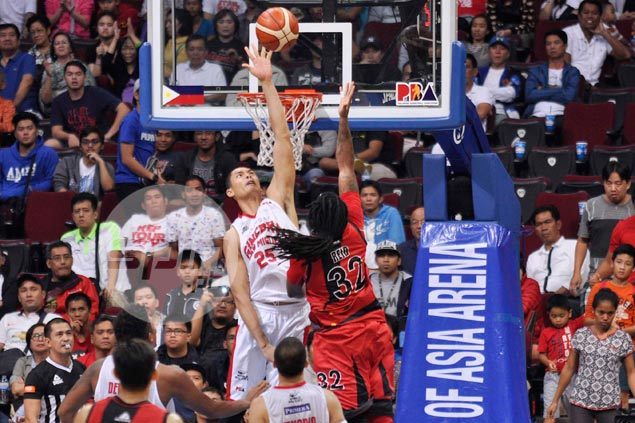 Japeth Aguilar earns praise for making Fajardo work hard for his points