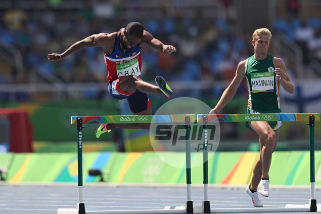 Fil-Am Eric Cray finishes third in heat to qualify for semifinals in Olympic 400m hurdles