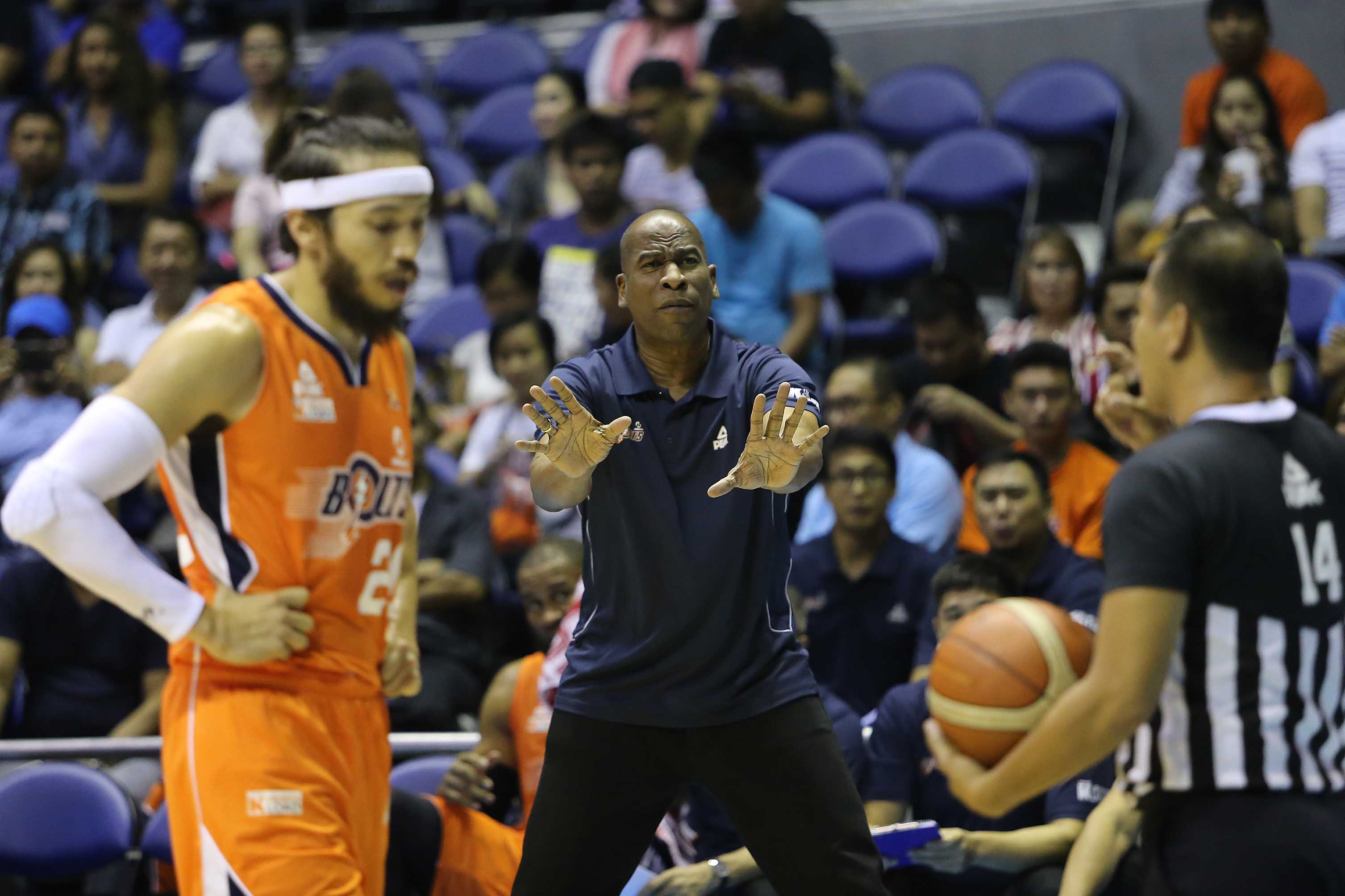 Meralco expects rough outing against full-strength Mahindra side in playoff