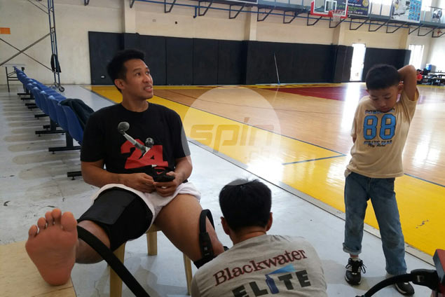 Assistant coach Denok Miranda set to suit up for Marinerong Pilipino in D-League semifinals