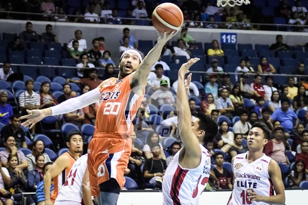 Meralco coasts to win as injury-plagued Blackwater left to play without import