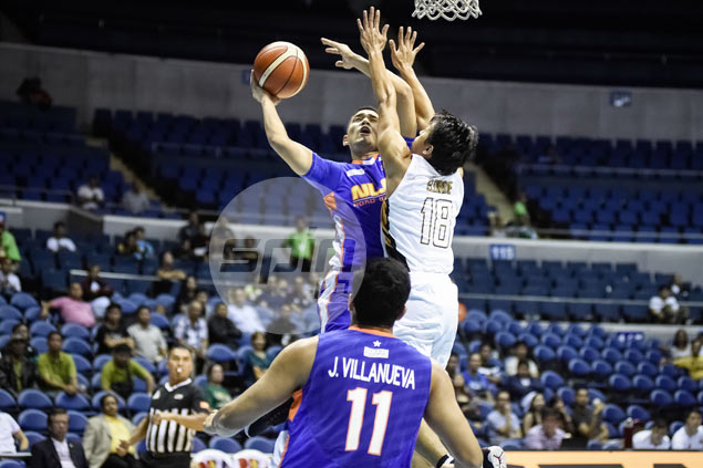 Bill Walker scores 39 points, Kevin Alas makes big stop in NLEX win over Mahindra