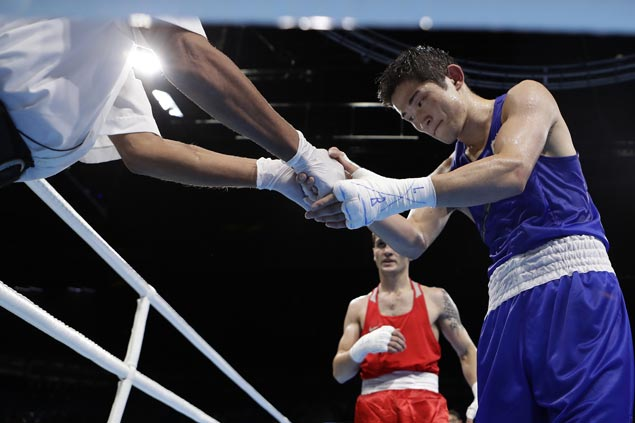 Boxing referees, judges dropped from Olympics after review of bouts but fight results stand