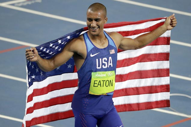 'World's greatest athlete' Ashton Eaton ties Olympic record to bag back-to-back decathlon gold