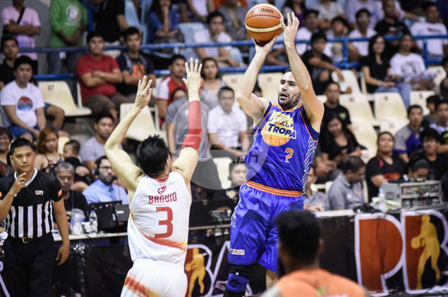 Mike Madanly's red-hot shooting leads TNT past Phoenix for sixth win in a row