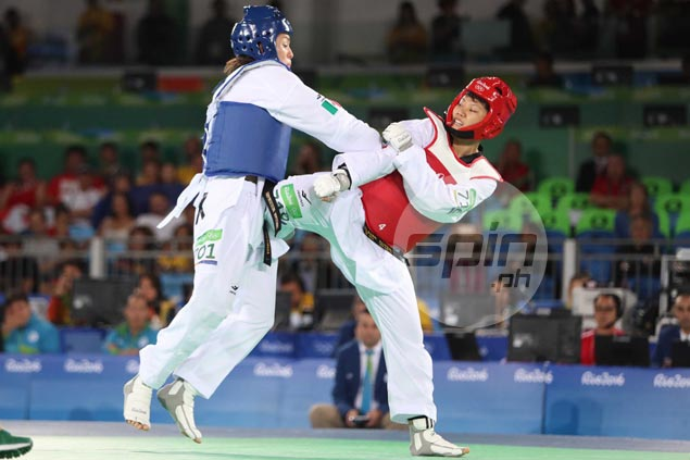 Gold hopes dashed but bid for bronze still alive for Alora after falling to top-seed Mexican foe