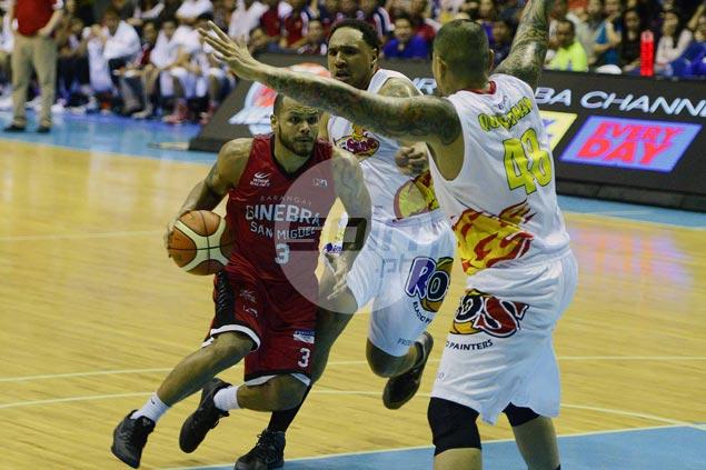 Versatile veteran Sol Mercado continues to earn praise from Tim Cone