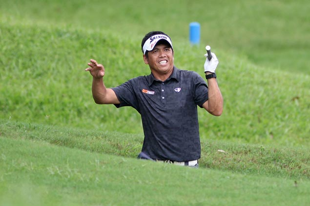 Jay Bayron, Miguel Tabuena wind up four strokes short of playoff in Asian Tour's Manila Masters