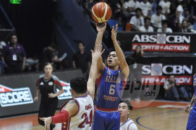 Arellano Chiefs stretch streak to seven, gain share of NCAA lead with victory over EAC Generals