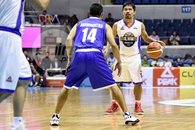 Manny Pacquiao planning to jump ship from Mahindra to Blackwater, says source