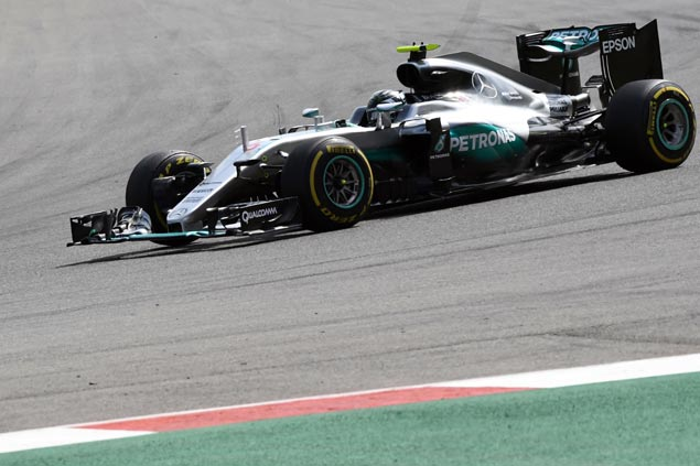 Nico Rosberg wins Belgian GP but Lewis Hamilton limits damage with third-place finish
