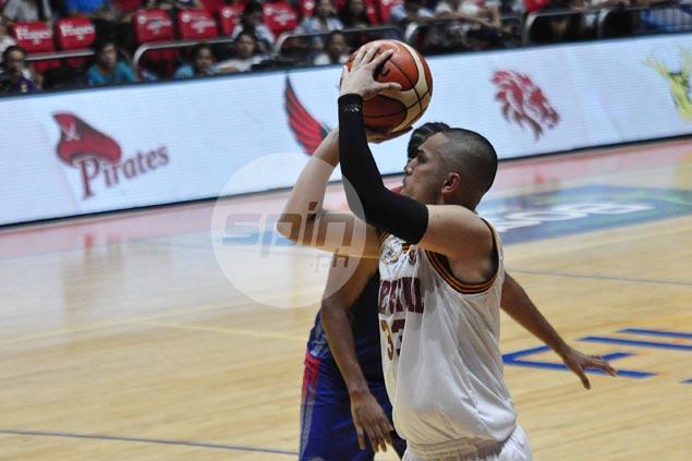Daryl Singontiko shows way as Perpetual Altas halt Arellano Chiefs' win run at seven