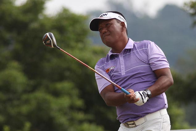 Tony Lascuna wins by one stroke over Jay Bayron in PGT's Manila Masters at Eastridge