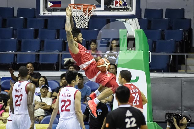 Eugene Phelps, Cyrus Baguio step up late as Phoenix leaves Star on brink of elimination
