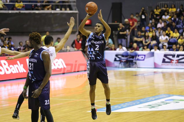 Rookie Jerrick Ahanmisi sizzles in UAAP debut as Adamson brings down UP Maroons