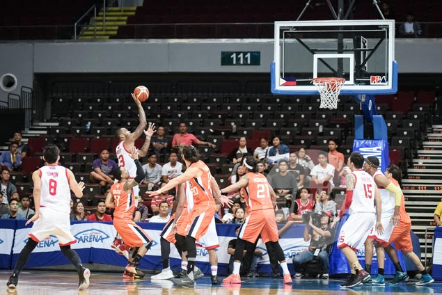 Star finally benefits from Wright stuff in win over Meralco, keeps playoff hopes alive