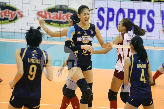 Jaja Santiago overcomes fatigue, helps NU Lady Bulldogs overcome tough UP stand