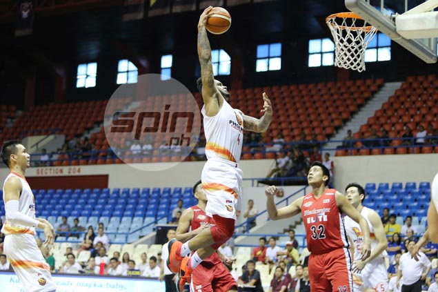 Reinvigorated Phoenix sustains rise, knocks Blackwater out of PBA playoff contention