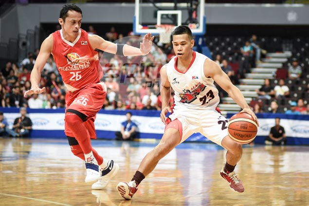 Unheralded Abel Galliguez making the most of rookie conference with Alaska