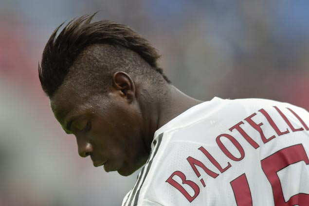 Brought back by Roberto Mancini, Mario Balotelli scores in first match with Italy in four years