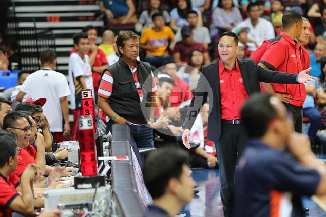 Mahindra coach Chris Gavina, five players the latest to be penalized as PBA issues fines amounting to P46K