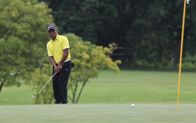 Elmer Salvador, Tony Lascuna share first-round lead at Luisita