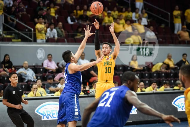 Wendell Comboy sits out FEU game vs Warriors after suffering concussion in practice