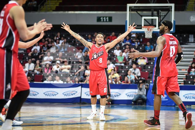 Alaska leaves nothing to chance, dumps NLEX to clinch quarterfinal berth