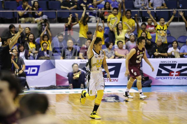 Eager to make mark after missing last season, Regie Boy Basibas shows glimpse of what he can do for UST