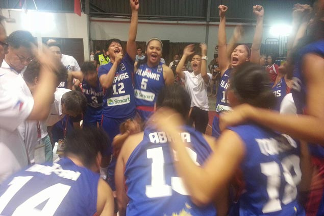 Perlas Pilipinas completes six-game romp to end six-year wait for Seaba cage title