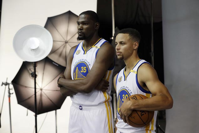 Curry says Durant partnership won't be a one-and-done, assures he'll re-sign with Warriors