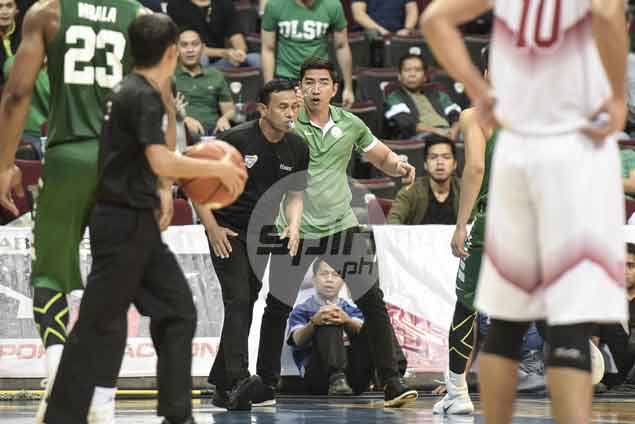 Aldin Ayo ejected, banned for La Salle-Ateneo match for trying to fit referee with eyeglasses