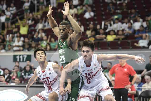 La Salle endures Ayo ejection, tough UE stand to put away sixth straight win