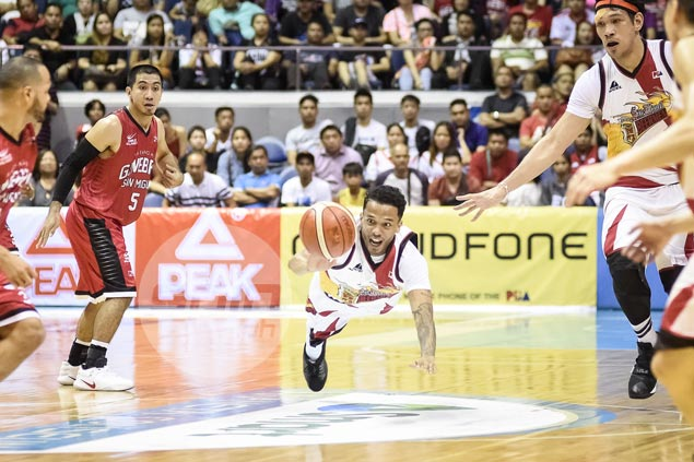 Chris Ross not using hurting knee as excuse in semis fight against in-form Ginebra backcourt
