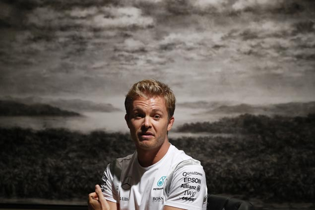 Nico Rosberg announces retirement, just days after winning F1 championship