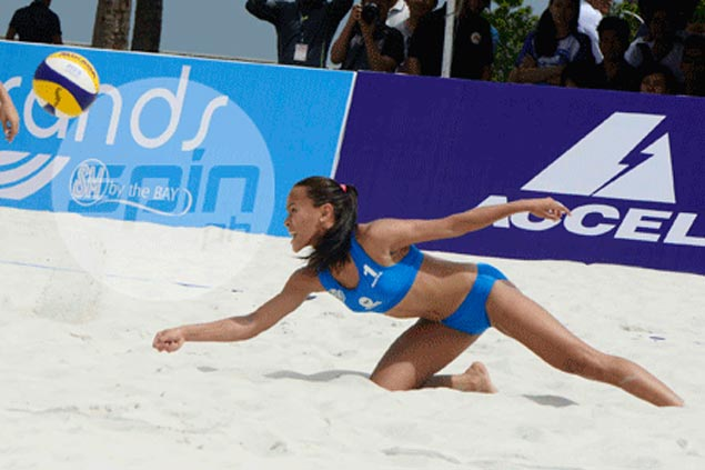 La Salle's Cheng-Tiamzon, UST's Rondina-Gutierrez off to strong start in UAAP beach volley