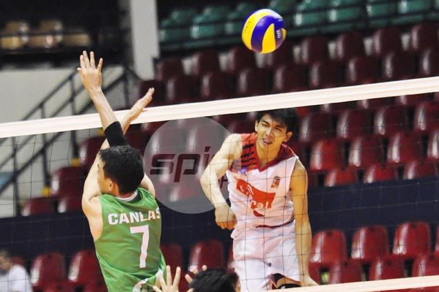 Ysay Marasigan, Peter Torres star as Cignal begins title retention bid with rout of IEM